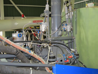 R44_hydraulics.JPG