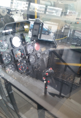 ah1_cockpit.jpg